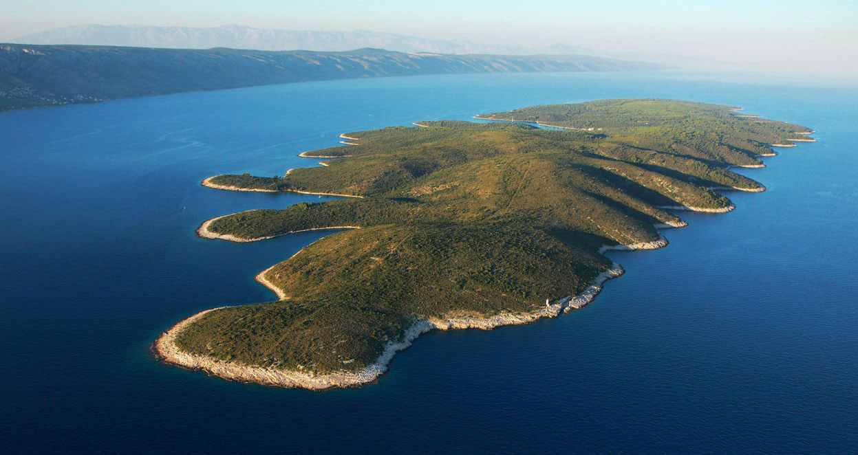 island scedro, bluemotion yacht charter, sailing in croatia